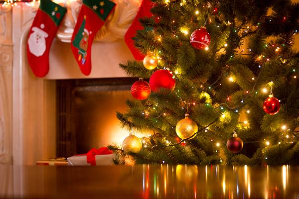 christmas2600_400